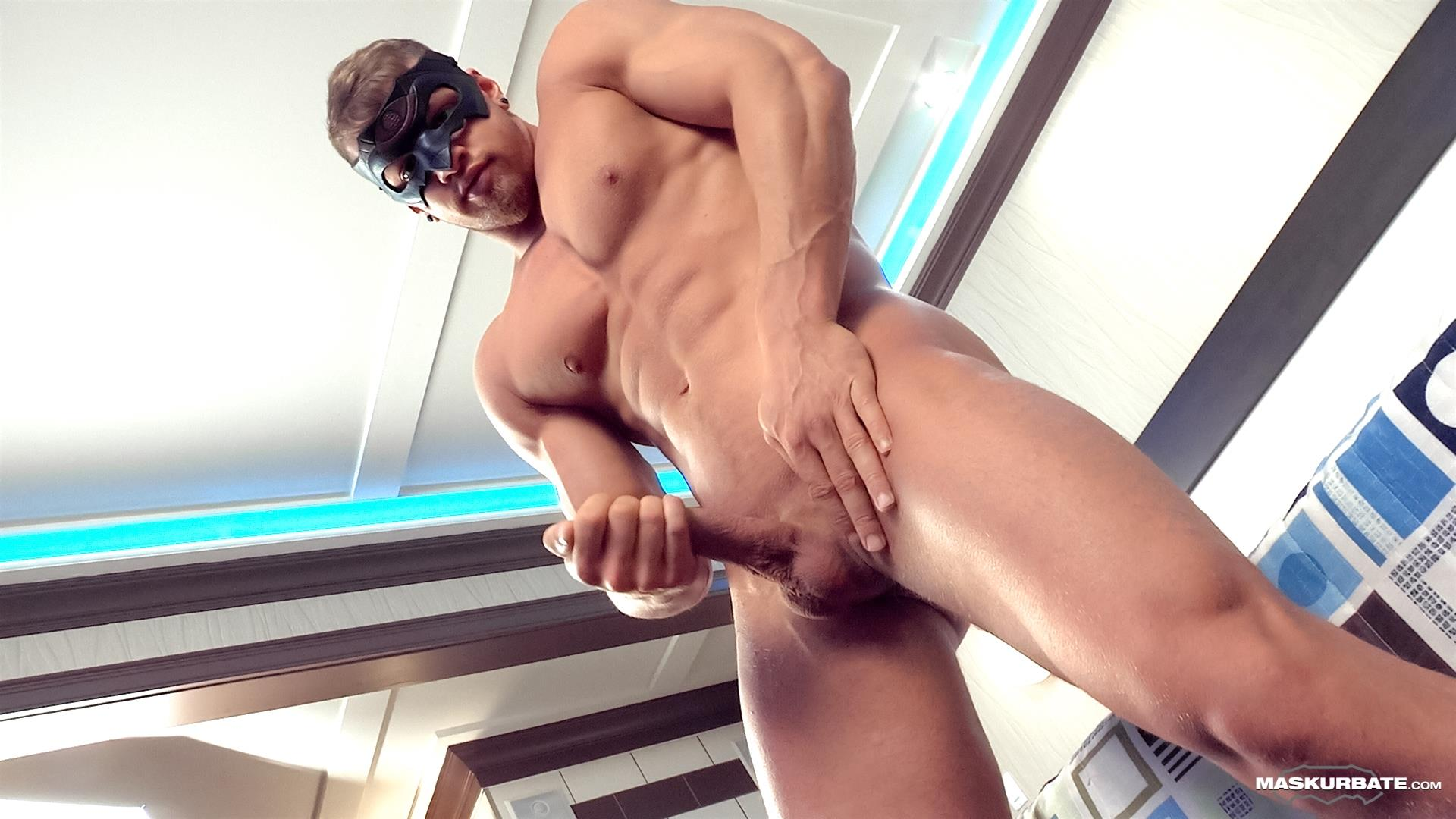 Maskurbate-Pascal-and-Brad-Straight-Muscle-Hunk-With-A-Big-Uncut-Cock-Jerking-His-Cock-Amateur-Gay-Porn-11 Worshipping A Straight Muscle Hunk With A Big Uncut Cock