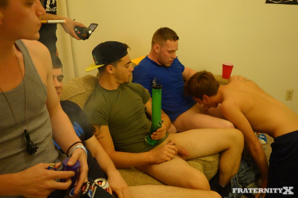 Fraternity X Brad Frat Guys With Big Cocks Fucking Bareback Amateur Gay Porn 02 Stoned and Drunk Frat Guys Bareback Gang Bang A Freshman Ass