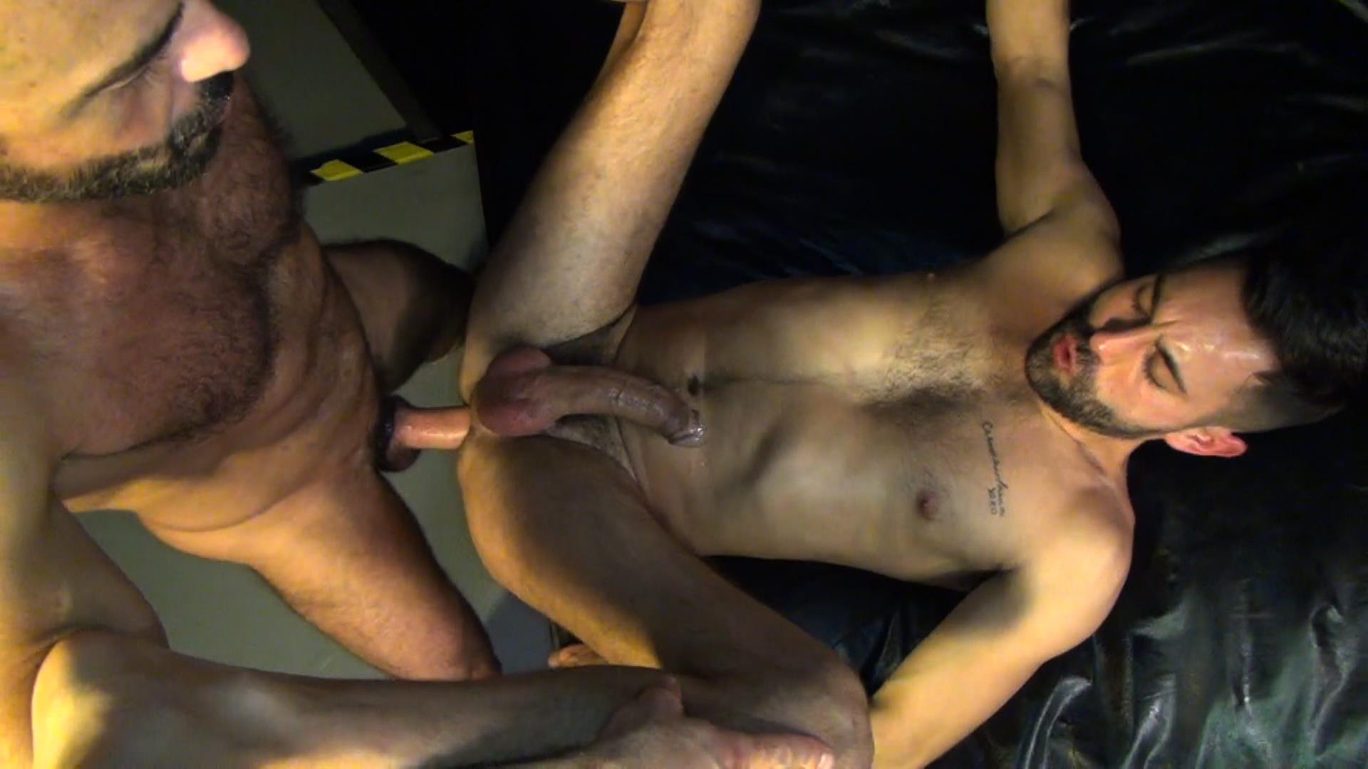 Raw Fuck Club Blue Bailey and Dylan Strokes and Adam Russo and Dean Brody and Jay Brix Bareback Orgy Amateur Gay Porn 3 Adam Russo Getting Double Penetrated At A Bareback Sex Party