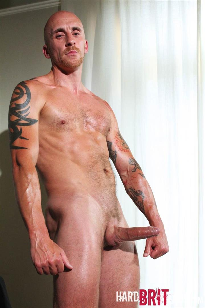 Hard-Brit-Lads-Sam-Porter-British-Muscle-Hunk-With-A-big-Uncut-cock-Amateur-Gay-Porn-13 Tatted Muscle British Hunk Sam Porter Jerking His Big Uncut Cock