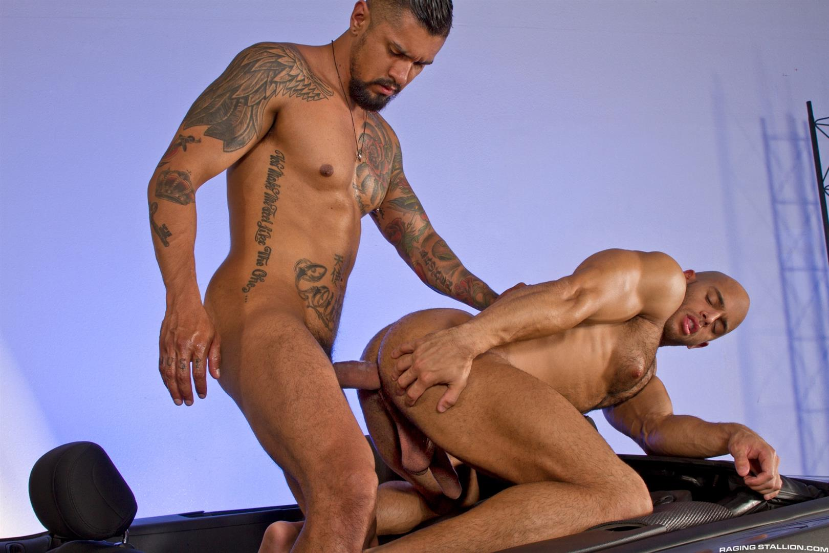 Raging-Stallion-Sean-Zevran-and-Boomer-Banks-Bottoms-For-The-First-Time-Big-Uncut-Cock-Amateur-Gay-Porn-15 BREAKING NEWS: Boomer Banks Bottoms For The First Time With A Big Uncut Cock