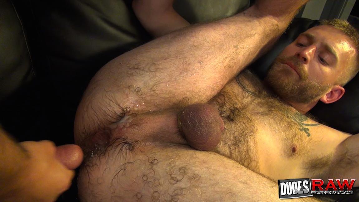 Dudes-Raw-Kodah-Filmore-and-James-Roscoe-Barebacking-A-Hairy-Ass-Piggy-Sex-Amateur-Gay-Porn-18 Pure Pigs:  Kodah Filmore Breeding James Roscoe