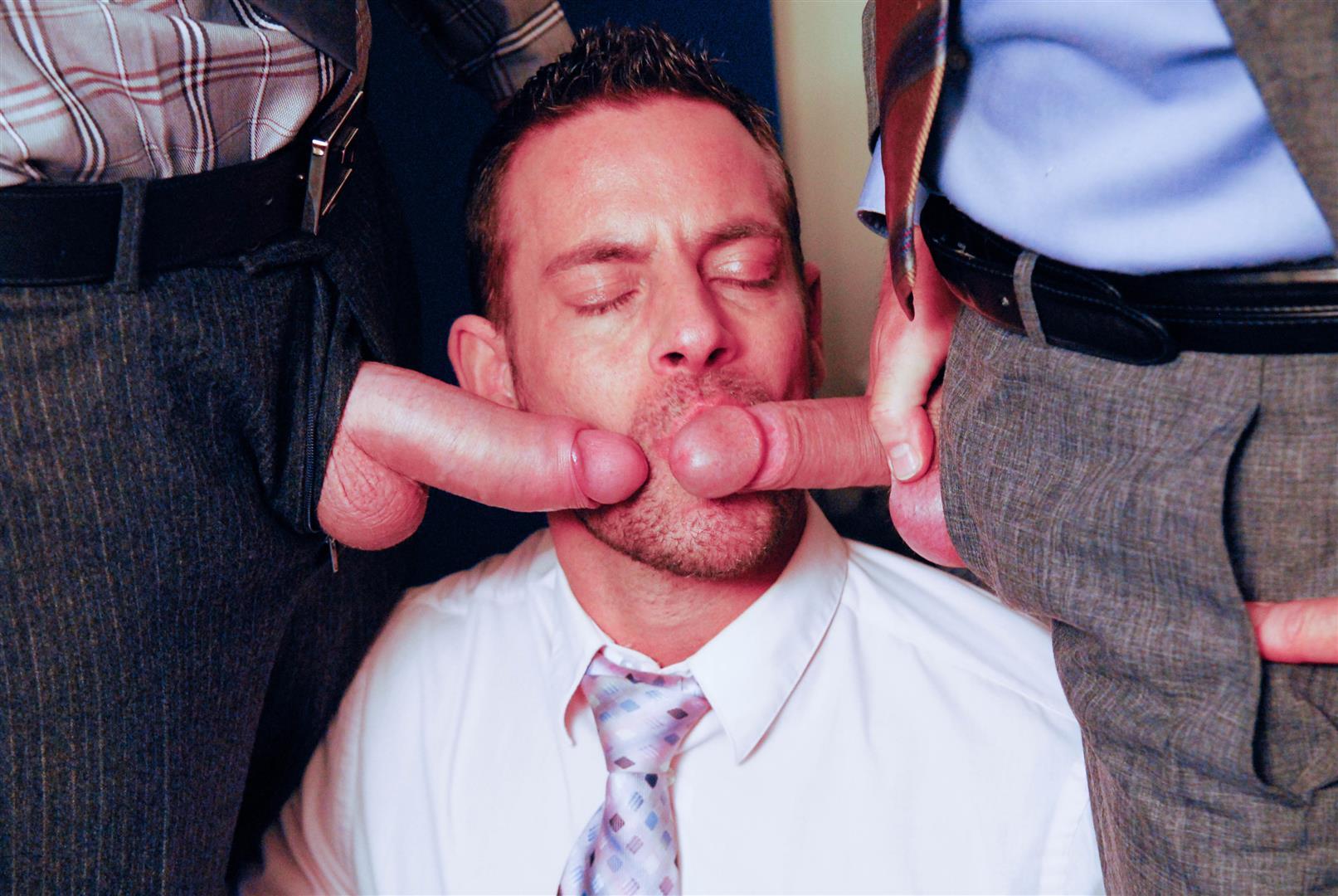 порно мужчин в офисе