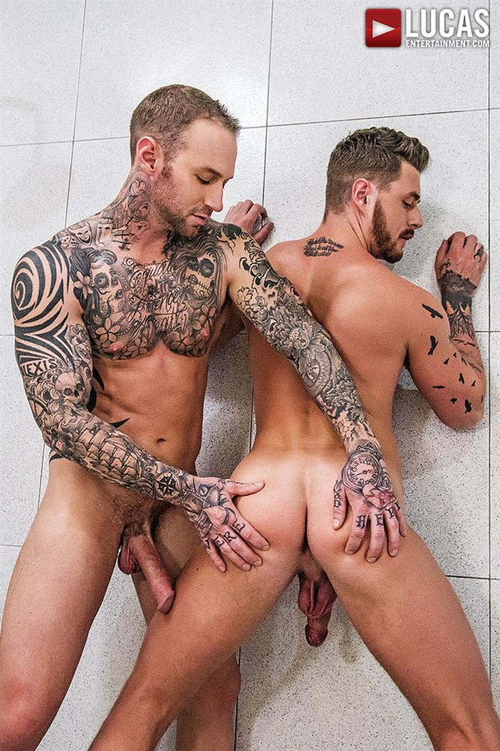 Lucas Entertainment Josh Rider and Dylan Naked Tatted Bareback James Amateur Gay Porn 23 Dylan James Barebacking Josh Rider In The Gym Shower
